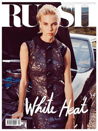 30 обложек с вещами из коллекции Louis Vuitton FW 2011. Изображение № 54.