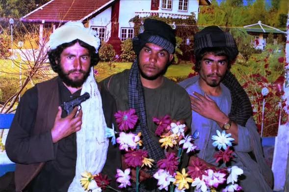 Талибан – ретушированная красота смерти. Изображение № 13.