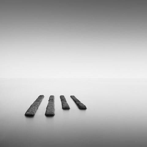 Черно-белая геометрия. Изображение № 21.