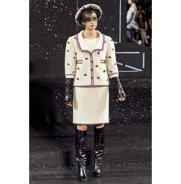 Изображение 4. Показ коллекции Chanel Haute Couture FW 2011.. Изображение № 4.
