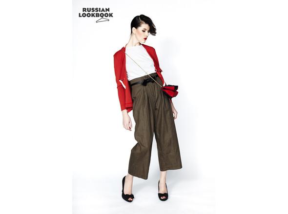 Кофта Yanina Vekhteva, футболка Дина Лубенцова, брюки Case, сумка Dedora Studio, ремень Daria Bardeeva. Изображение № 24.