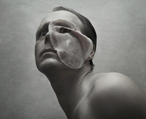 Изображение 29. Руад ДеЛон: эгоистичные автопортреты.. Изображение № 57.
