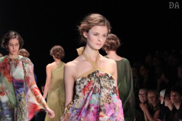 Mersedes-benz fashion week Russia, день первый. Показ Лены Карнауховой. Изображение № 18.