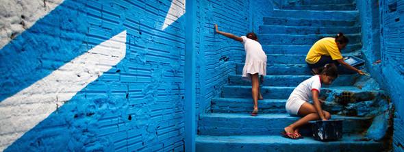 'Свет в переулках' граффити в фавелах. Изображение № 12.