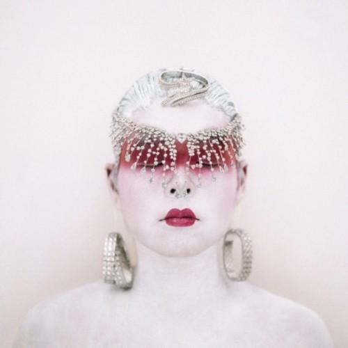 Игра в отражения: 10 художников, делающих автопортреты. Изображение № 70.