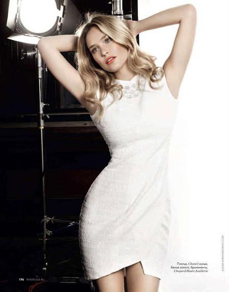 Изображение 1. Bar Refaeli в Dolce&Gabbana для ELLE Россия Март 2011.. Изображение № 1.