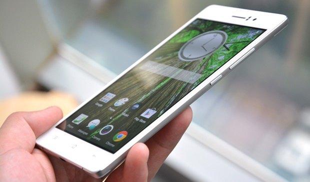В Китае выпустили самый тонкий в мире смартфон. Изображение № 1.