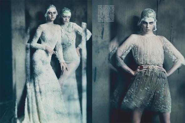 Съемка: Фрида Густавссон, Жак Ягачак и Кристина Салинович для Vogue. Изображение № 8.