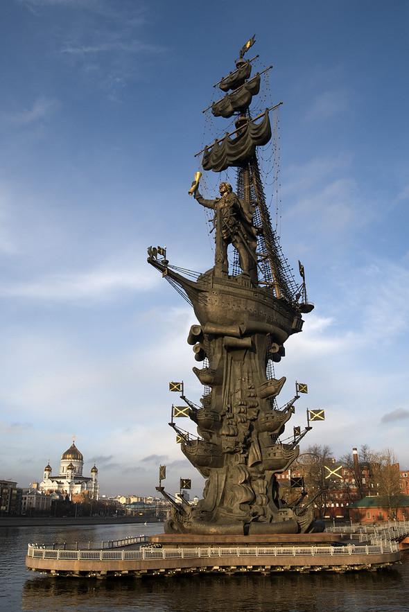 Померялись длиной: самые высокие статуи в мире. Изображение № 2.