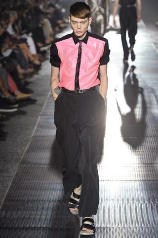Неделя мужской моды в Париже: День 5. Изображение № 4.