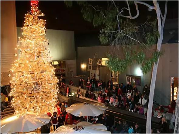Самые необычные рождественские елки. Изображение № 6.