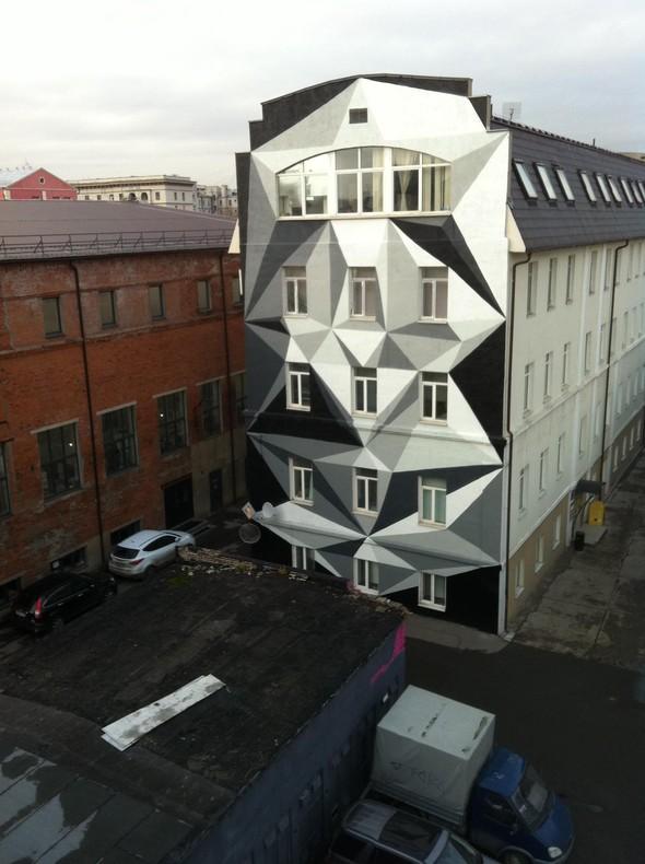 """Территория Дизайн-завода """"Флакон"""". Стена художника Алексея Кио. Изображение № 3."""