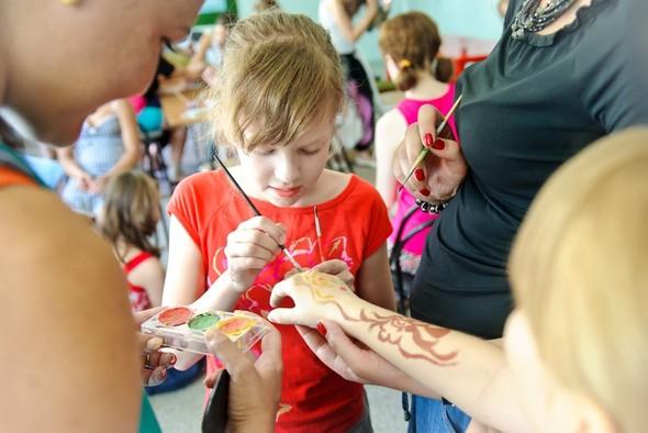 Волонтеры «Трансаэро» подарили детям еще одно сказочное путешествие. Изображение № 2.