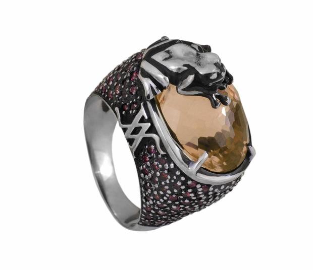 открытие корнера Amova Jewelry в бутике Gomez y Molina в Марбелье, Исп. Изображение № 10.