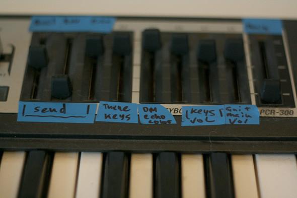 Музыкальная кухня Ifwe: «Мы не извращенцы, это мы так шейкер сделали». Изображение № 30.