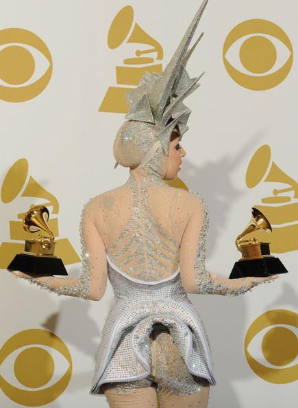 Очередные метаморфозы Lady Gaga. Изображение № 27.