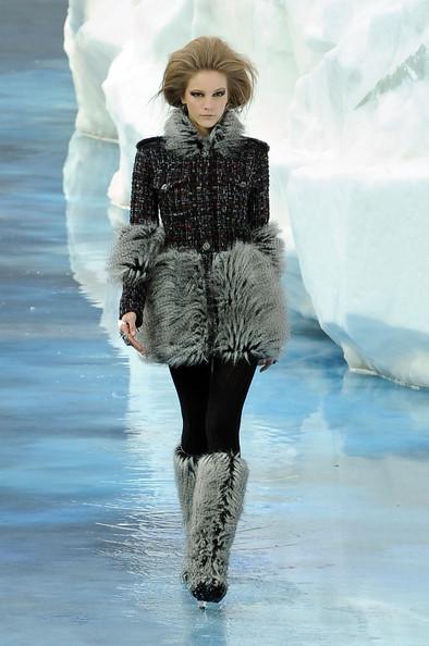 Ледяное шоу от Chanel. Изображение № 18.