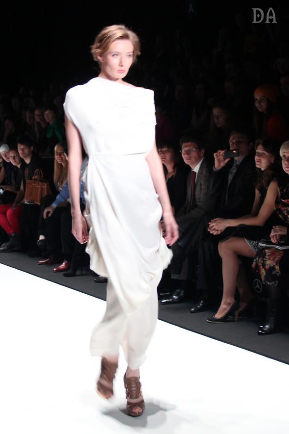 Mersedes-benz fashion week Russia, день первый. Показ Лены Карнауховой. Изображение № 5.
