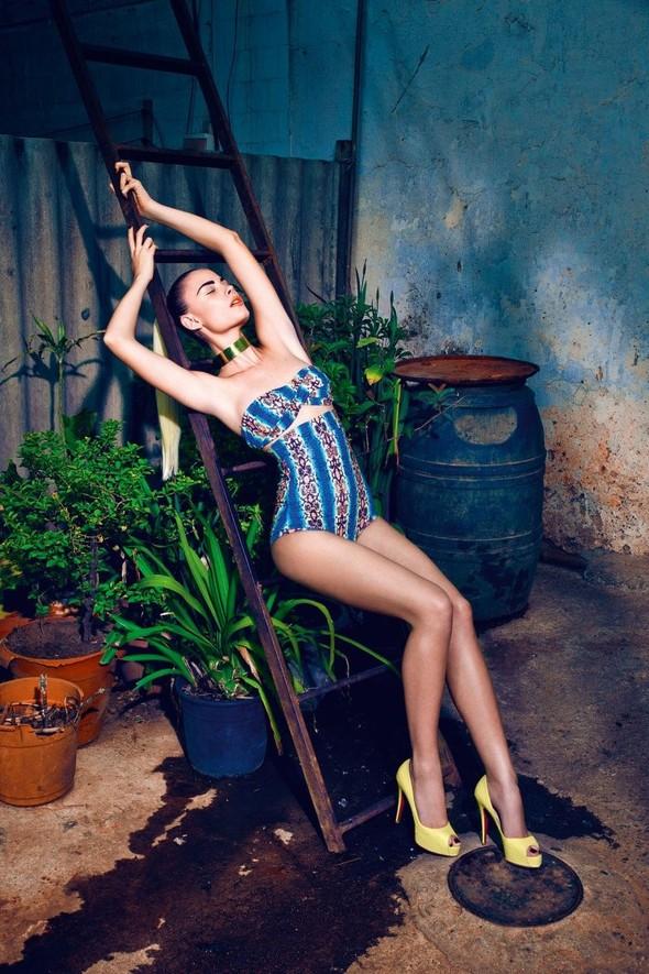 Съёмка: Кармелита Мендес и Барбара ди Креддо для Elle. Изображение № 4.