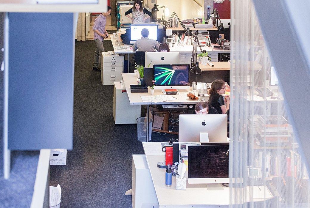 Гельветика и ретро: Как выглядит офис легендарного дизайн-бюро Pentagram. Изображение № 8.