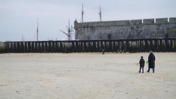 Пляж во время отлива. Изображение № 20.
