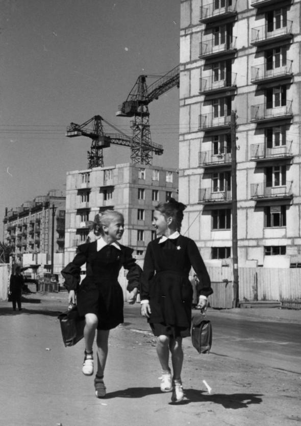 Советская фотография. Н. Свиридова и Д. Воздвиженский. Изображение № 12.