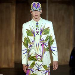 Изображение 2. Fashion Digest: качественные подделки, мода без веселья и ритейлтейнмент.. Изображение № 2.