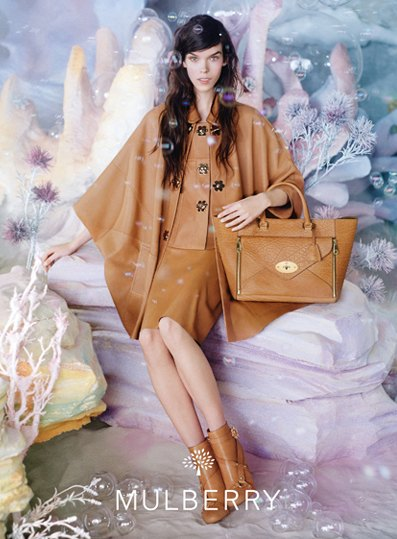 Gucci, Mulberry, Chanel и другие марки показали новые кампании. Изображение № 8.