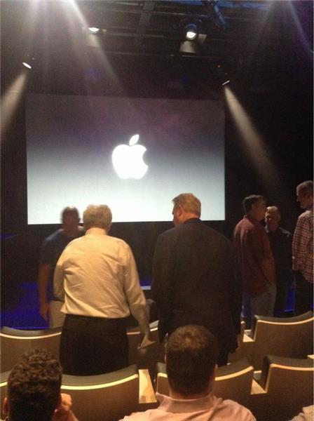 Трансляция: Apple представляет новые iPhone и другие продукты. Изображение № 40.