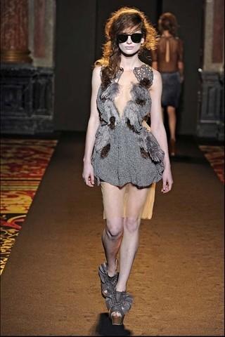 Алена Ахмадуллина на Парижской неделе моды. Изображение № 26.