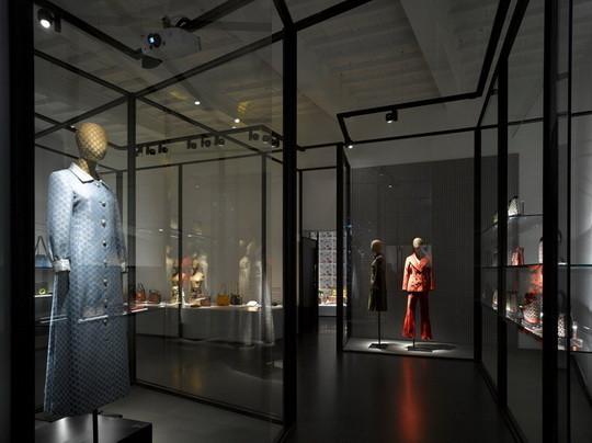 3 интеллектуальных fashion-события октября 2011. Изображение № 8.