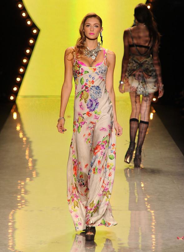 New York Fashion Week: Betsey Johnson Spring 2012. Изображение № 82.