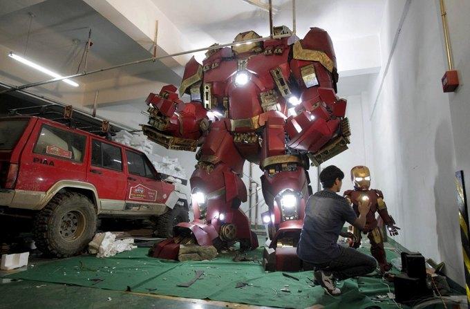 Житель Китая собрал доспехи Железного человека в гараже . Изображение № 2.