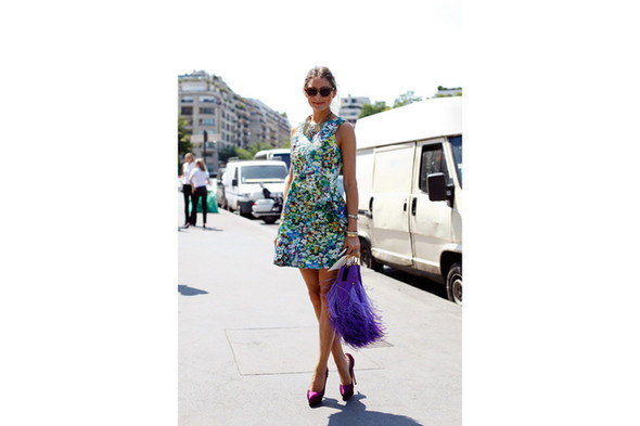 Уличный стиль на Неделе высокой моды в Париже. Изображение № 20.