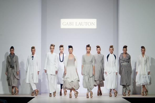Наташа Дригант, Кира Пластинина, Сергей Сысоев, Gabi Lauton: весна-лето 2011 на Volvo Fashion Week. Изображение № 27.