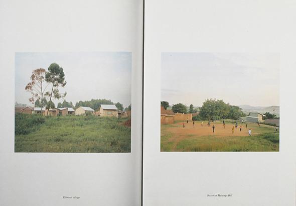 12 альбомов фотографий непривычной Африки. Изображение № 90.