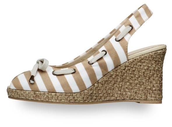 Современность и Ретро - элегантность в линии обуви Tamaris. Изображение № 12.