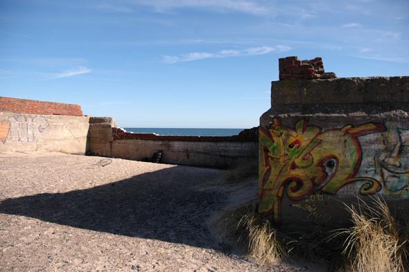 Германия: Балтийское море, пустынные пляжи заброшенного курорта и старинный поезд на острове Рюген. Изображение № 47.