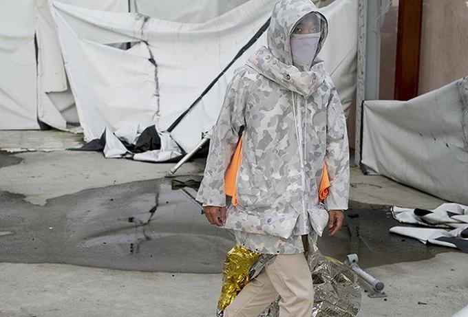 Дизайнер создала куртку для выживания. Изображение № 1.