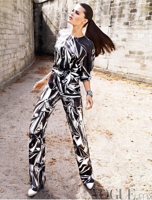 Съемка: Изабели Фонтана для мексиканского Vogue. Изображение № 7.