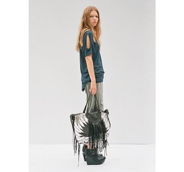 Женские лукбуки: Lauren Moffatt, Zara TRF и Urban Outfitters. Изображение № 26.
