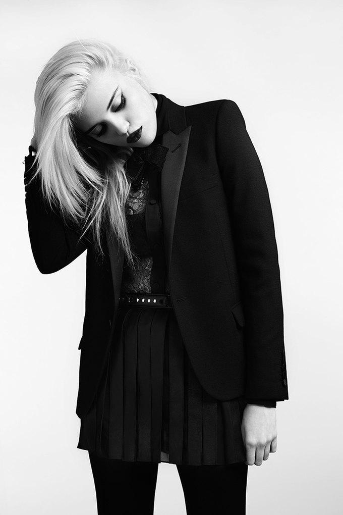 Скай Феррейра снялась для предосеннего лукбука Saint Laurent . Изображение № 6.