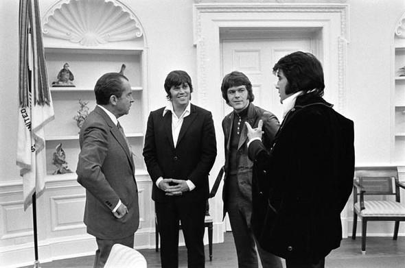 Элвис Пресли vsРичард Никсон. Историческая встреча. Изображение № 13.
