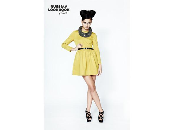 Платье I am, колье Die Blonde, ремень Daria Bardeeva. Изображение № 12.