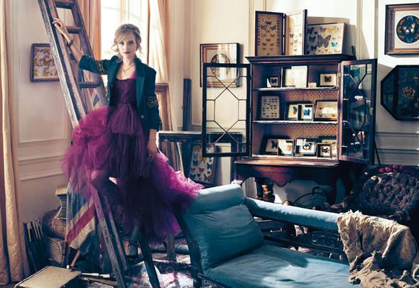 Emma Watson дляTeen Vogue August 2009. Изображение № 5.