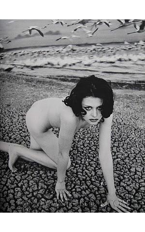 Части тела: Обнаженные женщины на фотографиях 50-60х годов. Изображение № 177.