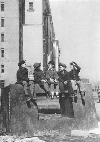 Блокада ленинграда. Изображение №20.