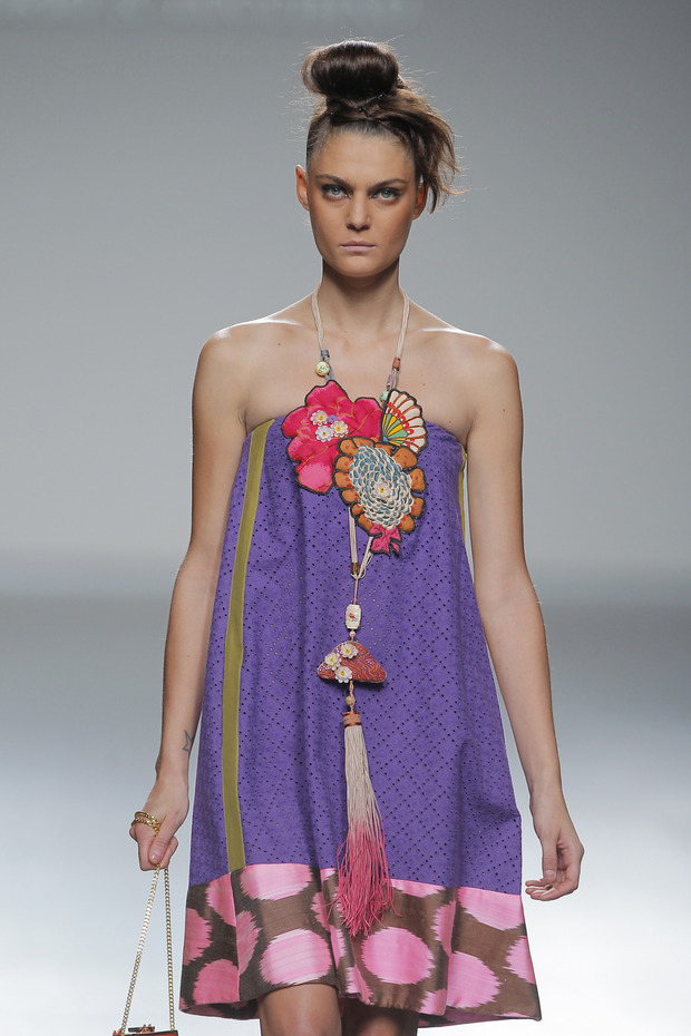 Madrid Fashion Week SS 2013: VICTORIO & LUCCHINO. Изображение № 20.