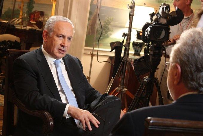 Премьер-министр Израиля даёт интервью телеканалу CNN. Изображение № 1.