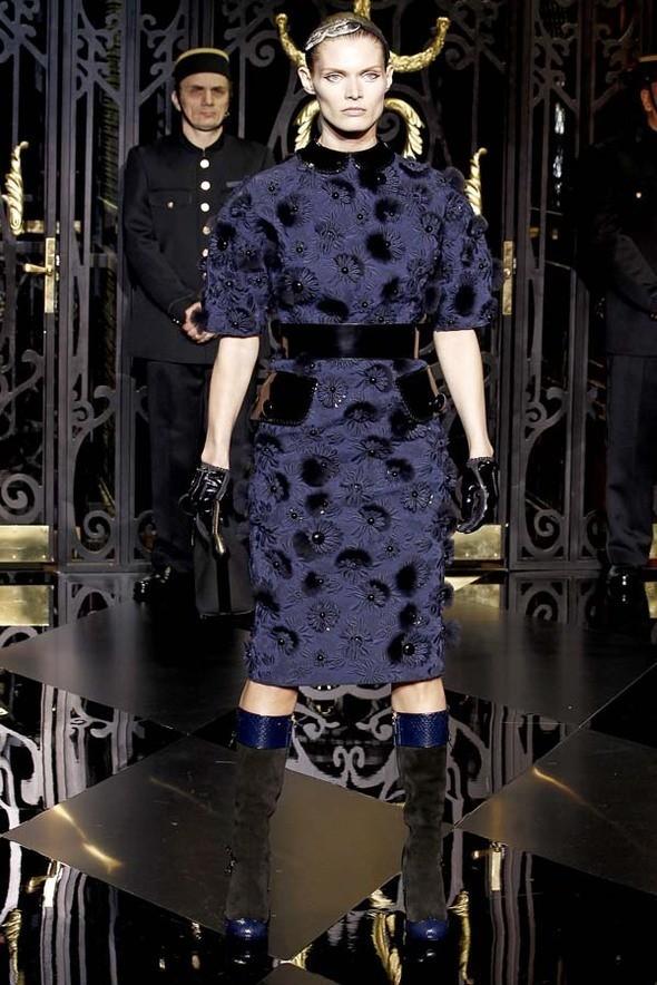 Изображение 58. Louis Vuitton Fall 2011.. Изображение № 58.